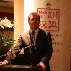 Staatsrat Wolfgang Schmidt kobte die entensive Zusammenarbeit zwischen Hamburg und China